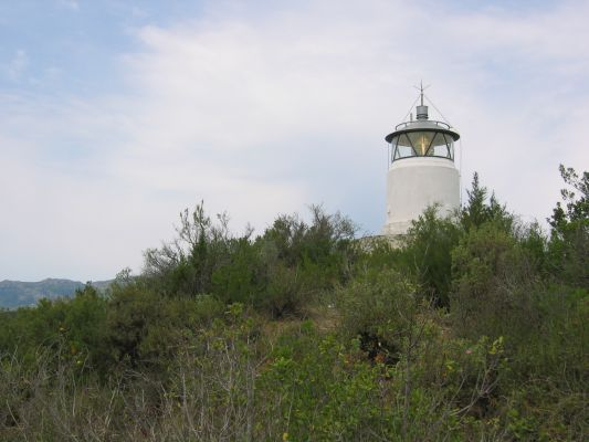 Monte Porro Lighthouse - Copyright 2006 jomaot