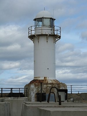 South Gare lighthouse - Copyright 2008 John Yeadon