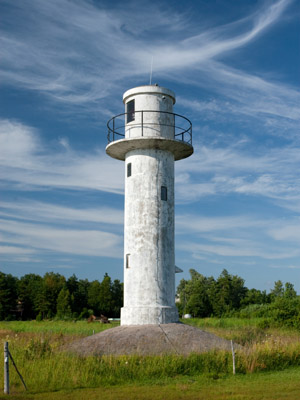 Emmaste front range light beacon - Copyright 2009 Tuderna