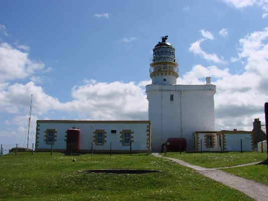 Kinnaird Head (Old Lighthouse) - Copyright 2010 DL4APJ