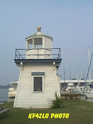 Port Clinton - Copyright 2007