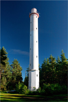Norrby rear range light - Copyright 2011 Tuderna