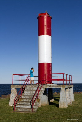 Fort Monckton Lighthouse - Copyright 2012 Steve Prosser