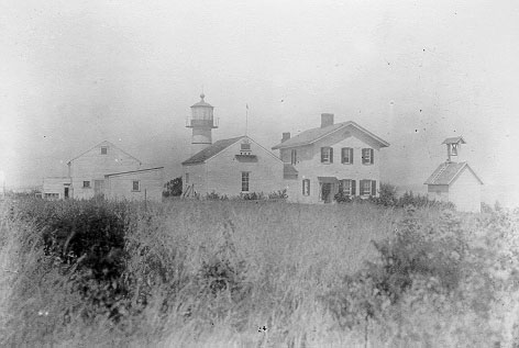 Juniper Island Light, Old - Copyright 2007 USCG