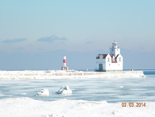 Kewaunee Pierhead Lighthouse - Copyright 2014 Paul Schumacher KD9FM