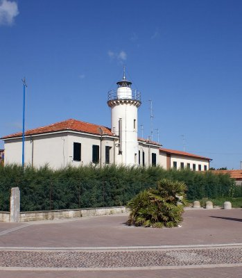 Porto Garibaldi Lighthouse - Copyright 2014