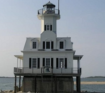 Long Beach Bar Lighthouse - Copyright 2001 KF4ZLO