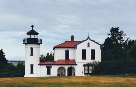 Admiralty Head Lighthouse - Copyright 1999 KF4ZLO