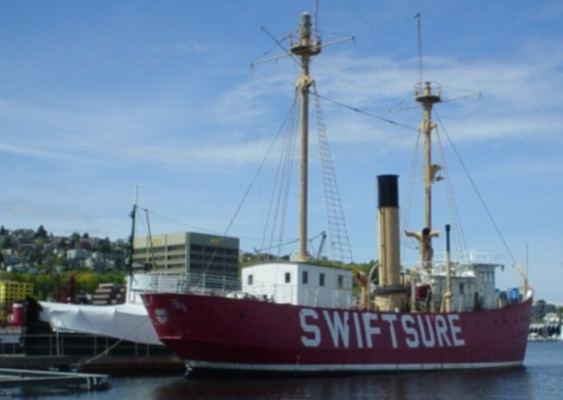 Lightship Swiftsure, USA-831 - Copyright 2003 Dan Camp, AF7O