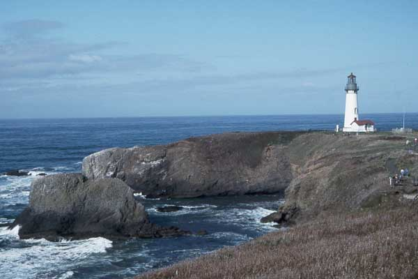 Yaquina Head Lighthouse - Copyright 2007 Photo by F. Lee Graves