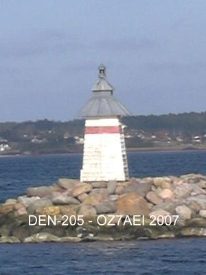 Ebeltoft North Mole LH DEN-205 - Copyright 2007 OZ7AEI