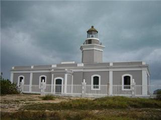 los morillos lighthouse - Copyright 2007 eladio acevedo-wp3mw