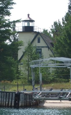 Mendota Lighthouse - Copyright 2007 N8MR