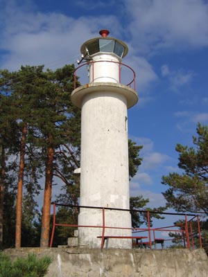 Rannapungerja lighthouse - Copyright 2005 Tuderna