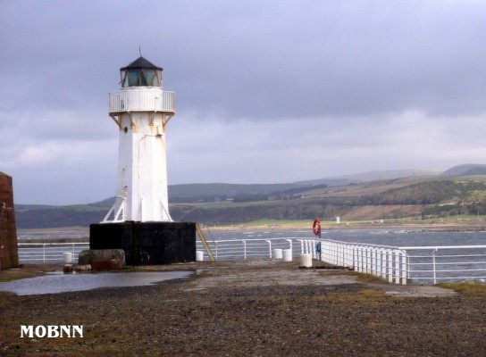 Ardrossan Pier Head - Copyright 2004 Bill Newman